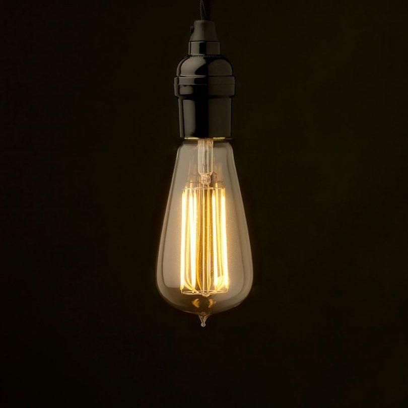EDISON-žiarovka-TEARDROP-LANTERN-je-krásna-žiarovka-v-historickej-podobe-so-skvelým-40W-teplým-osvetlením-vhodná-ako-dekorácia-do-domácnosti