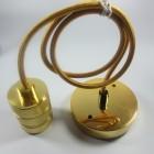 Kvalitné-zlaté-závesné-svietidlo-je-luxusným-doplnkom-do-každej-domácnosti