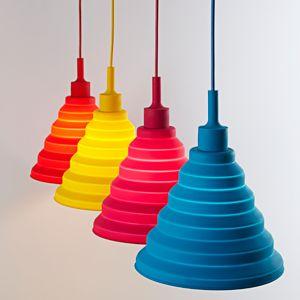 Svietidlo-je-vyrobené-na-žiarovky-s-päticami-E27-čo-je-najpoužívanejší-typ-pätíc-žiaroviek-v-domácnostiach