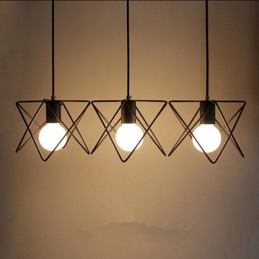 Moderné-kreatívne-svietidlo-v-čiernej-farbe-na-žiarovky-typu-E27-je-svietidlo-určené-na-strop-v-luxusnom-modernom-a-zároveň-kreatívnom-vzhľade1