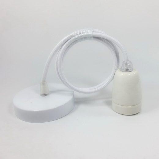 Porcelánové-závesné-svietidlo-s-textilným-káblom-v-bielej-farbe