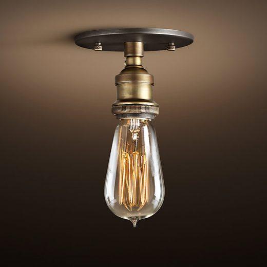 Historické-stropné-svietidlo-Simple-v-retro-dizajne-je-unikátne-vďaka-materiálu-a-historickému-prevedeniu-ktoré-neostane-bez-povšimnutia