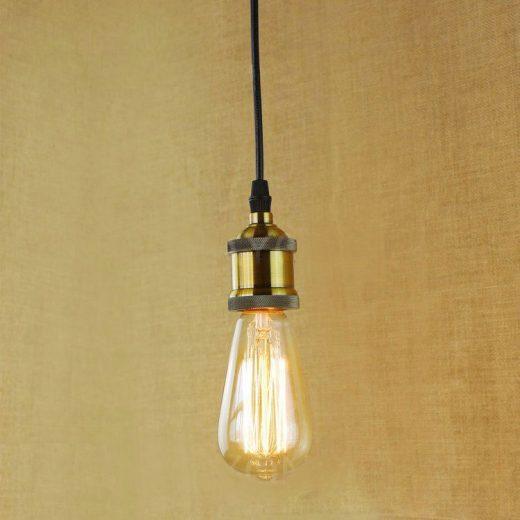 Závesné kovové mohutné svietidlo v retro dizajne v mosadznej farbe