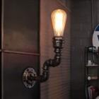 priemyselne-nastenne-svietidlo-willow-vyzdoba-v-style-osvetlenia-priemyselneho-skladu-tvoria-materialy-ako-su-klietky-vodovodne-rury-pohare-sklo-5